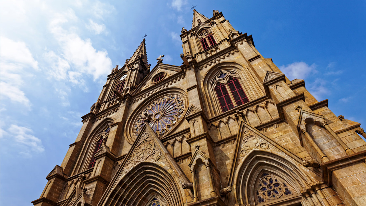 广州这座教堂可媲美巴黎圣母院